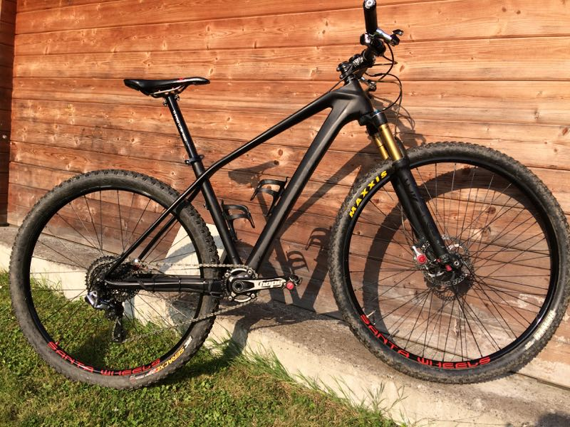 Santawheels Carbon Bike 29er
