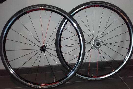 Roues route NoTubes ZTR Alpha 340, moyeux PW R12, rayons DT CX Ray